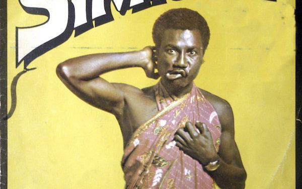 Retour dans les bacs du premier album de Gyedu-Blay Ambolley, Simigwa
